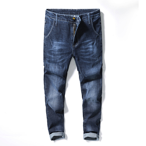 19203修身版型时尚牛仔裤